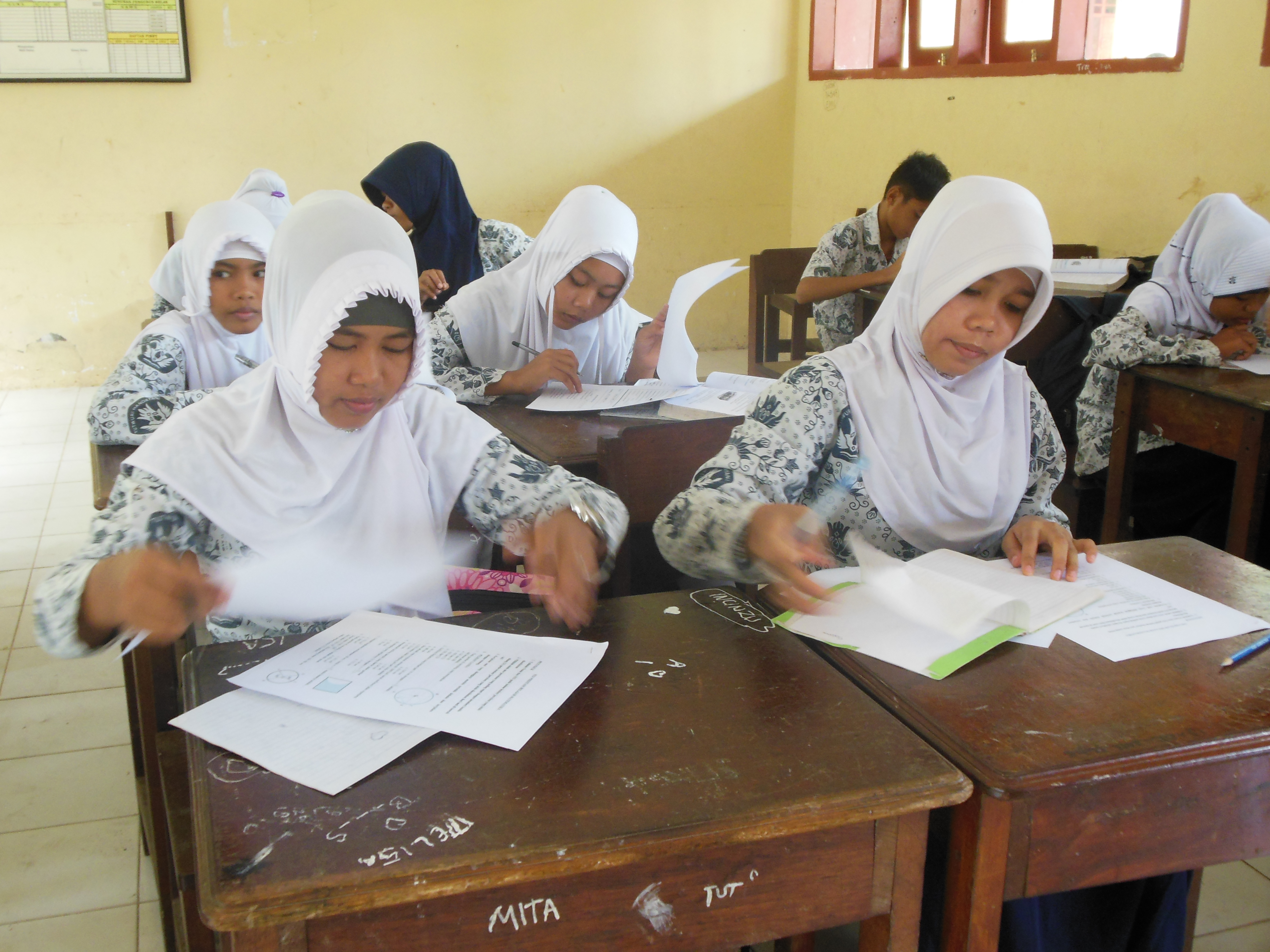 let s join with discipline and defend the studious smp